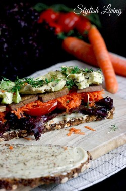veganes Sandwich mit Tofu
