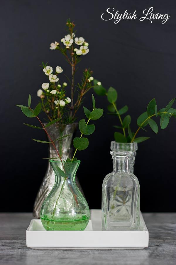 Stillleben mit Vasen und Blumen