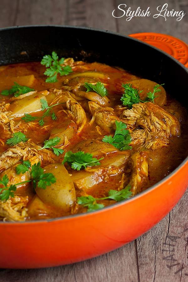 Indisches Schmorgericht mit Hähnchen