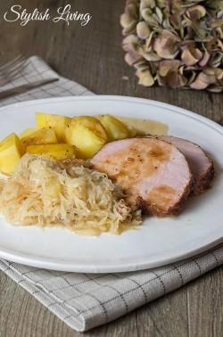 Kasseler mit Sauerkraut und Kartoffeln