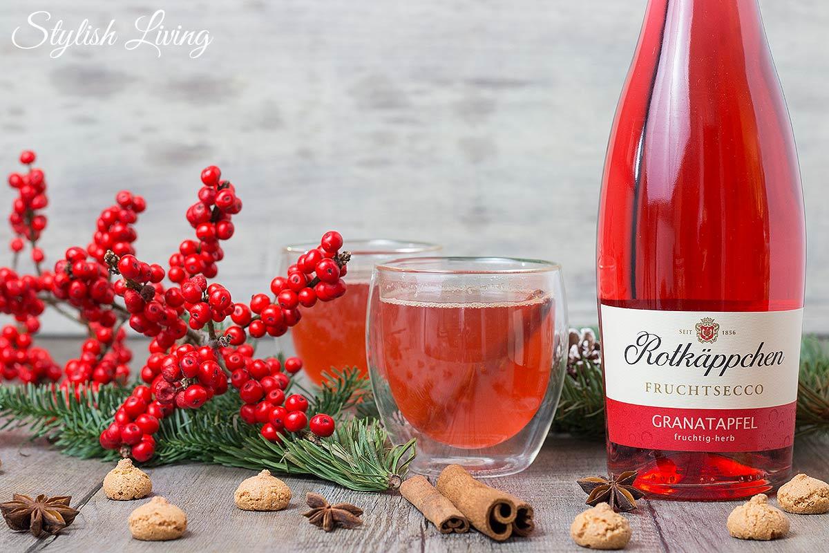 Winterpunsch mit Rotkäppchen Fruchtsecco Granatapfel