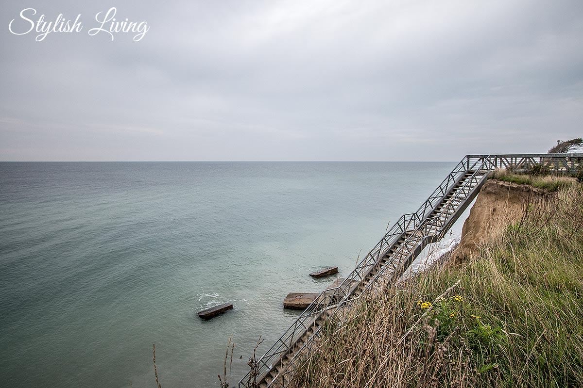 Treppe an der Steilküste Wustrow