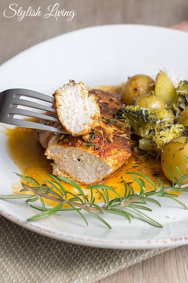 Paprika-Hähnchen in Thymian-Weißwein-Sauce