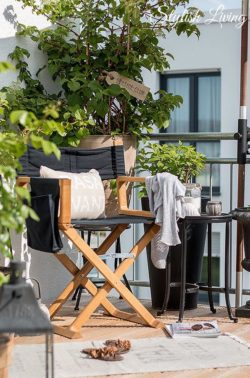 stylischer Balkon im beach look