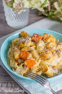 Pasta mit Kürbis und Champignons