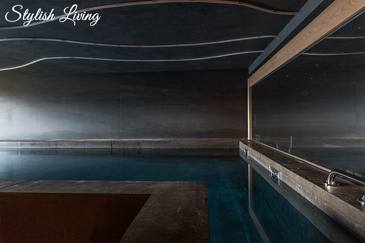 Das Wanda Pool