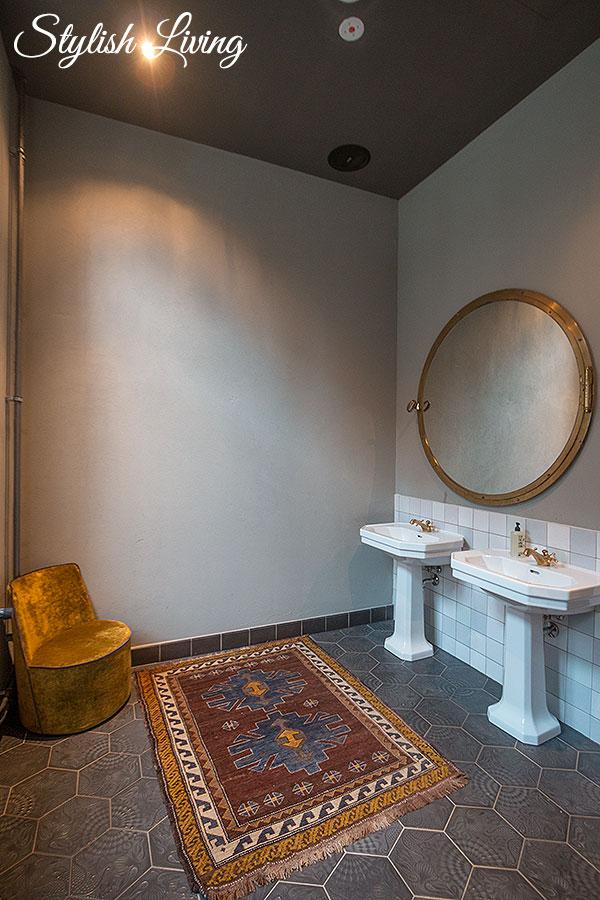 Toilette Neni Hamburg
