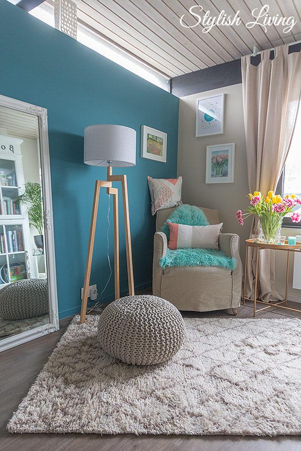 Arbeitszimmer neu dekoriert mit der Hello Happy Kollektion von Höffner