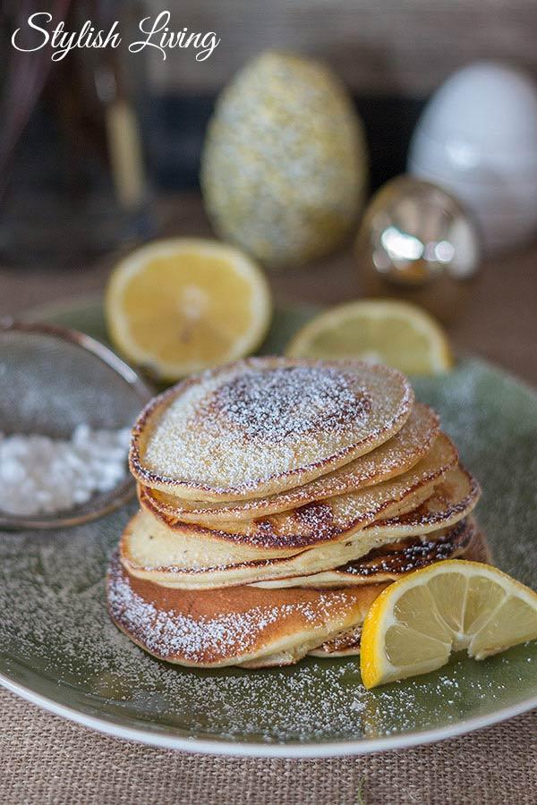 Last-Minute-Osterbrunch-Rezepte: Ricotta Pancakes mit Zitrone und Zucker