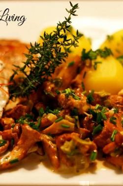 Seeteufel mit Pfifferlingen und Kartoffeln