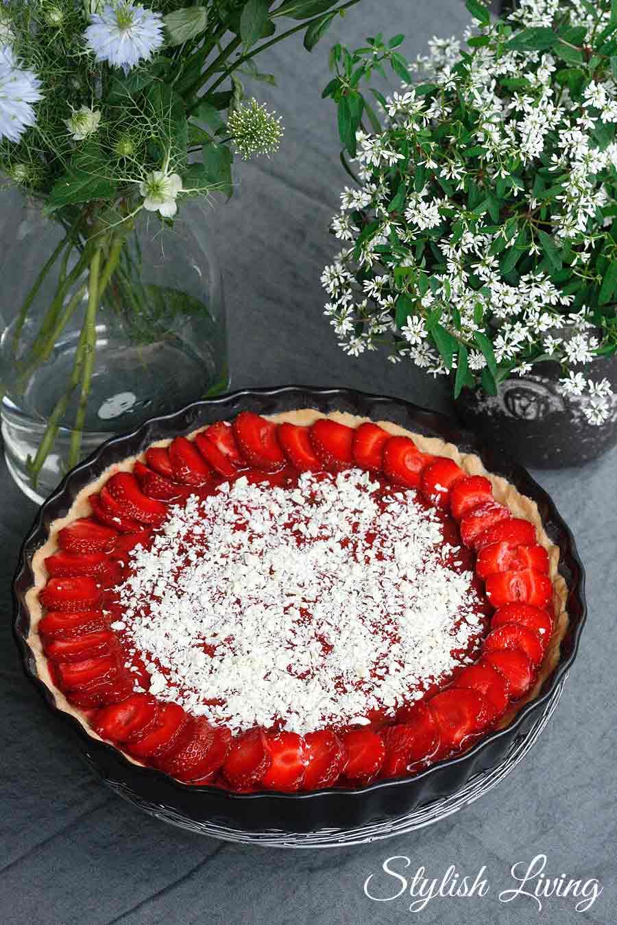 Erdbeertarte mit weisser Schokolade