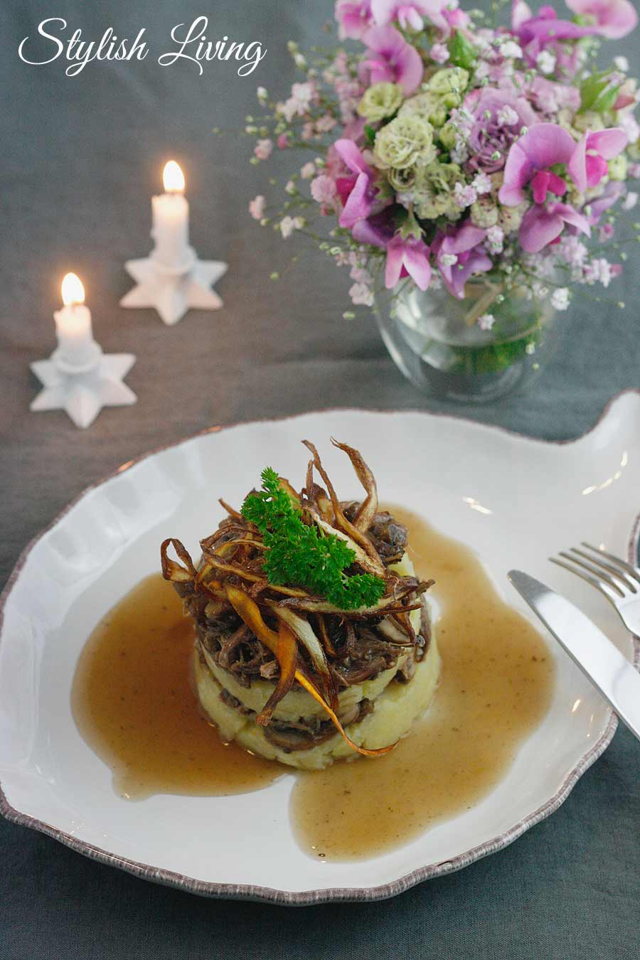 Ochsenschwanzragout mit Kartoffel-Sellerie-Püree