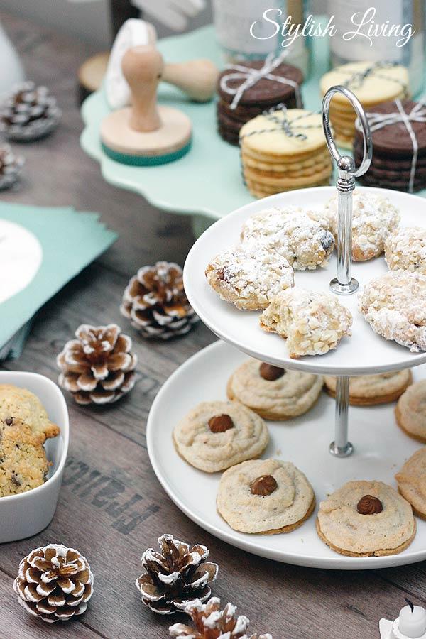 Haselnuss-Busserl, Stollenkonfekt, Schoko-Kokos-Kekse, Stempelkekse