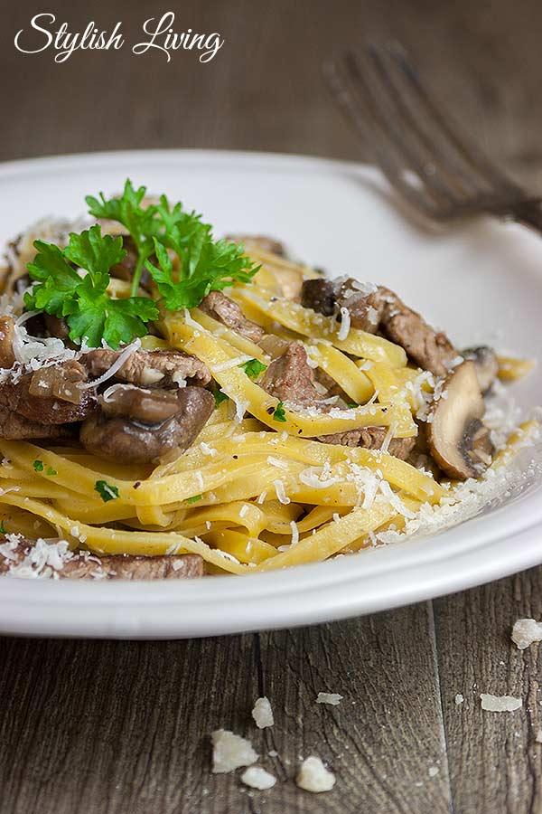 Linguine mit Rindfleisch und Champignons