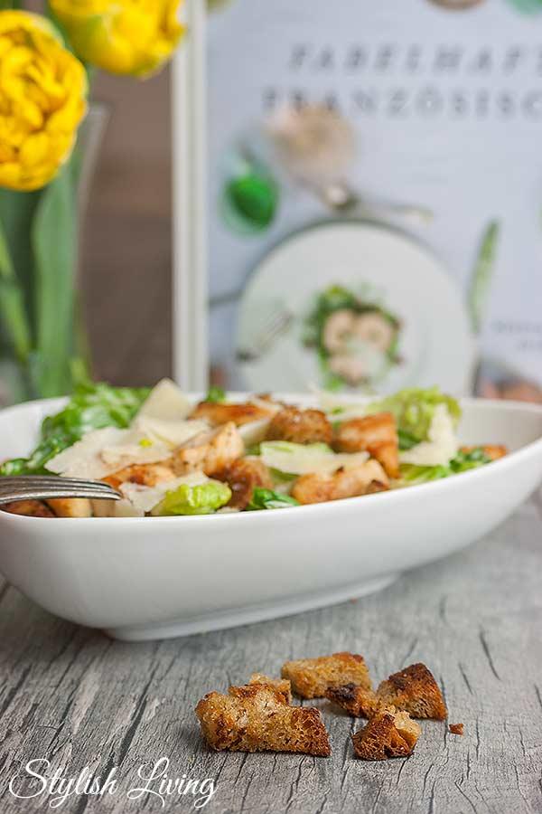 Caesar Salad mit Knoblauchcroûtons