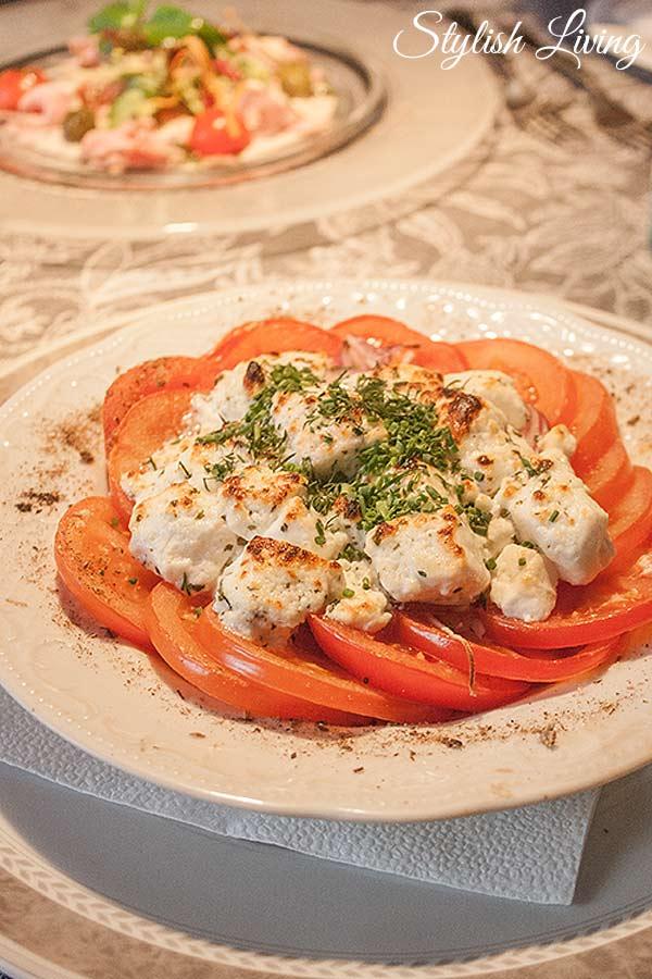 gratinierter Schafskäse auf Tomaten Restaurant Herzbergs Scharbeutz