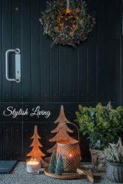 Eingangsbereich weihnachtlich dekoriert