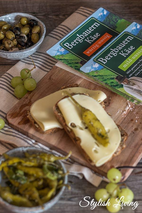 Bergbauern Käse von Bergader auf leckerem Dinkelvollkornbrot