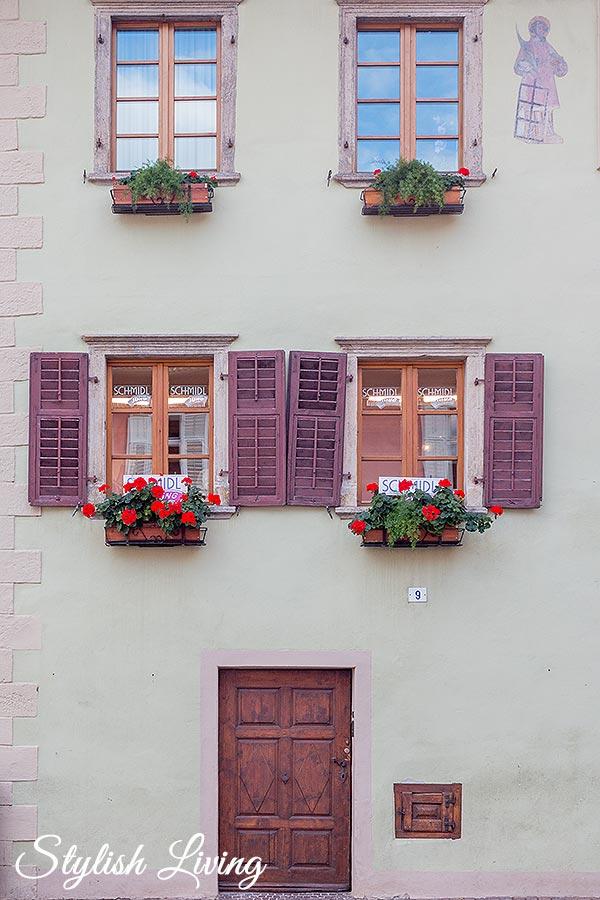 Hausfassade Kaltern am See Südtirol