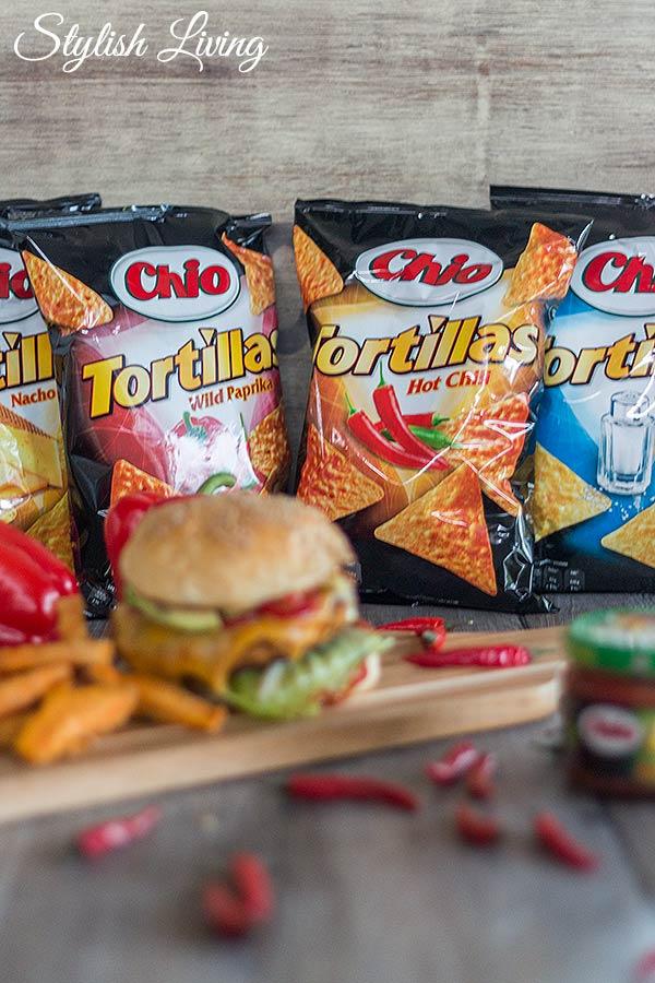 Chio Tortillas und Dips sind perfekt für Crispy Chicken Burger