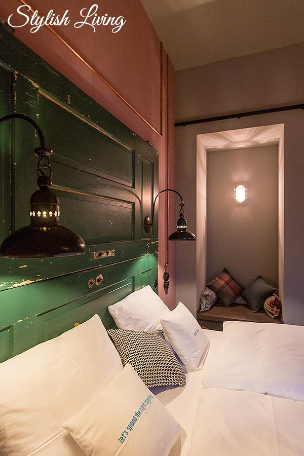uriges und gemütliches Bett im 25hours Hotel Altes Hafenamt