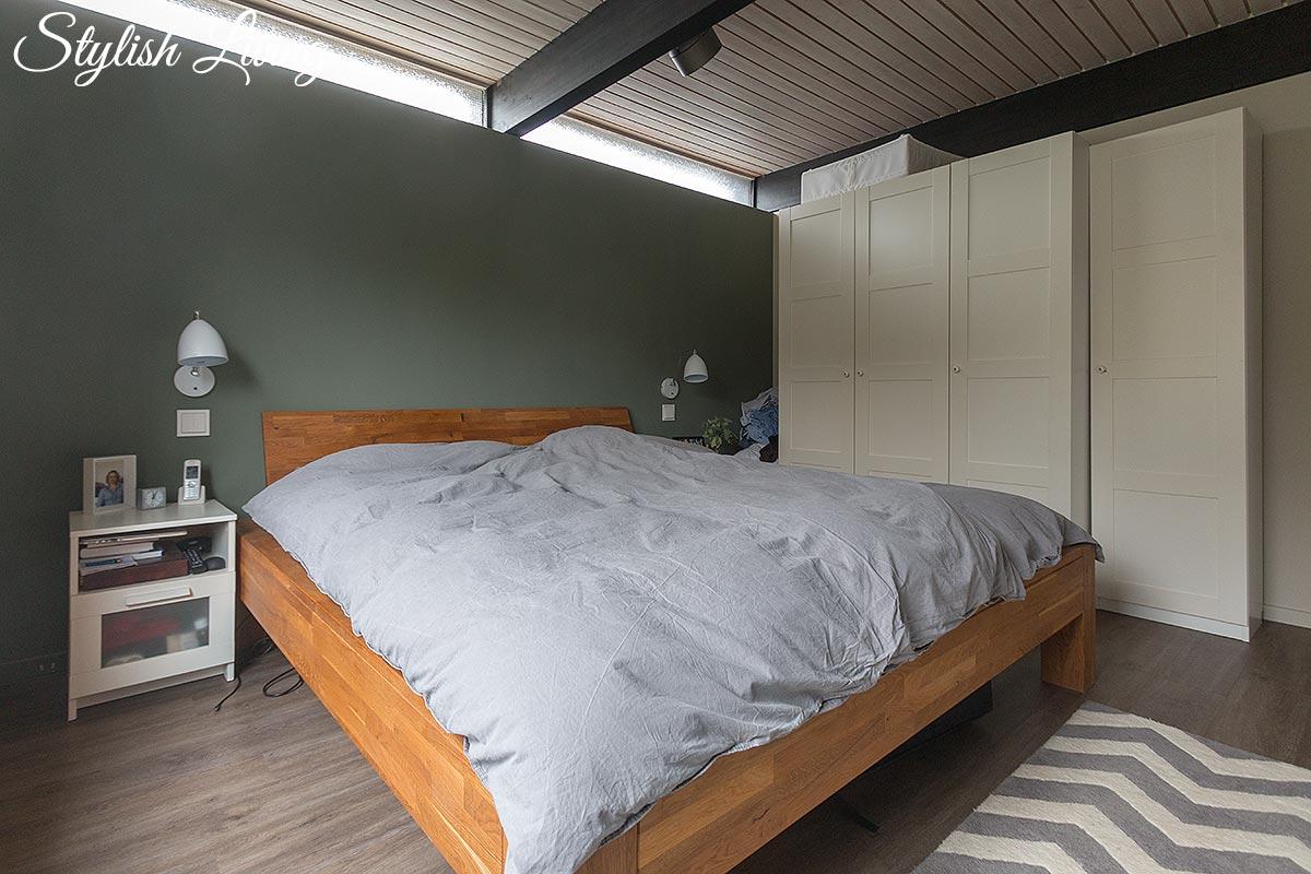 Schlafzimmer nach der Renovierung und vor dem Makeover