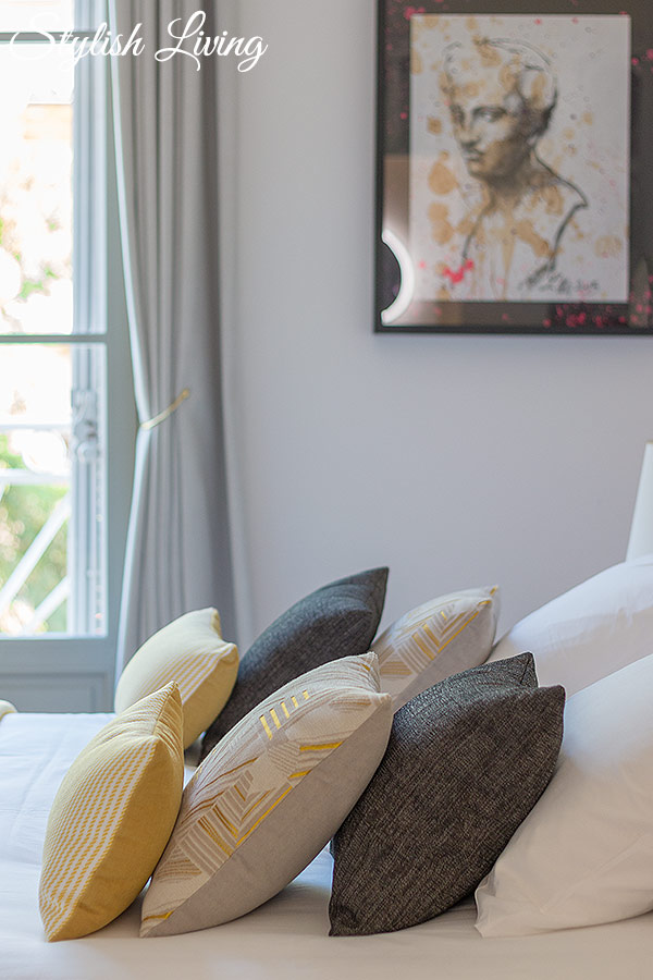 gemütliches Bett im Maison Du Collectionneur in Aix-en-Provence