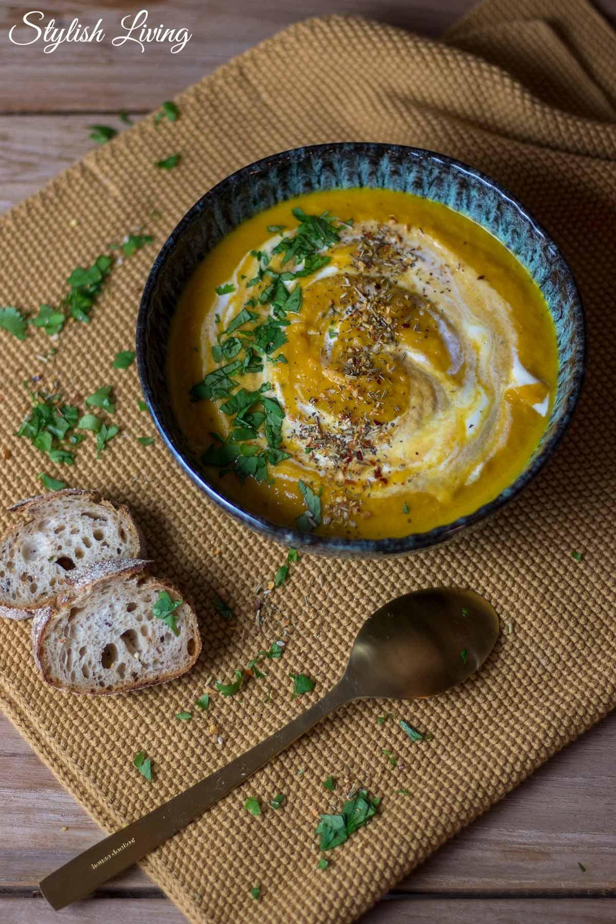 Steckrüben-Karotten-Suppe