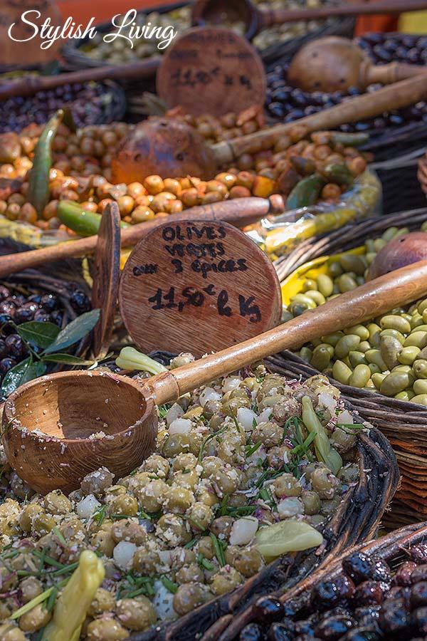 Oliven auf dem Markt von Saint-Rémy-de-Provence