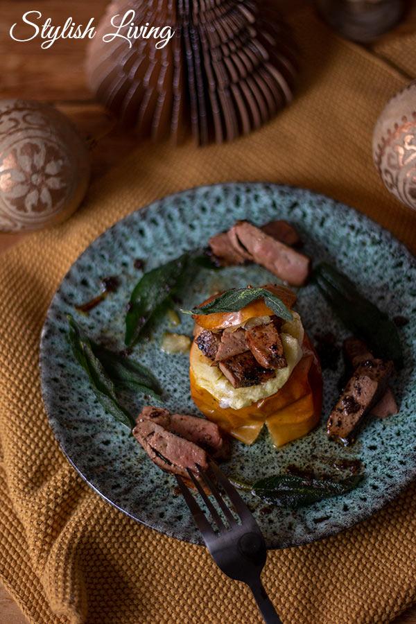 Kalbfleisch Rezepte für das Weihnachtsmenü: Bratapfel mit gebratenen Kalbsleberstreifen